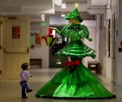 کریسمس و دختر کوچولو عکس 2011